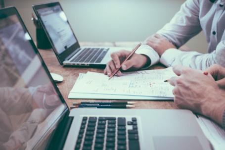 还在担心合规问题?五个方法,为您消除工资单中的错误