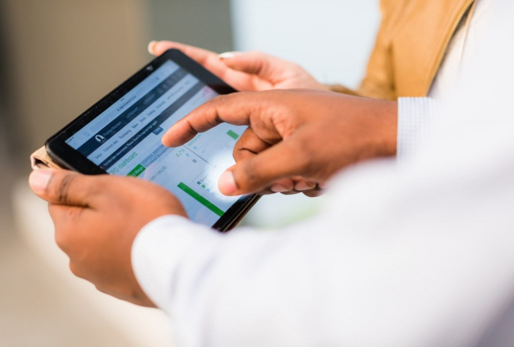 让客户掌管您企业的数字化转换